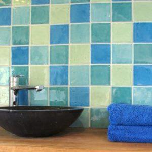 Keramische tegels voor de badkamer